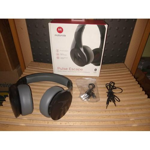 (RESERVIERT) MOTOROLA Pulse Escape Bluetooth Headset *NEU*